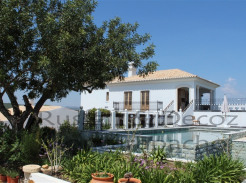 Villa for sale in Algarve Olhão Moncarapacho