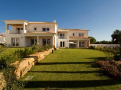Townhouse for sale in Algarve Loulé Vilamoura