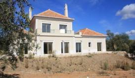 Villa for sale in Algarve Faro